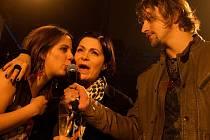 Aneta Langerová (vlevo) a Anna K. jsou i letos mezi nominovanými  stejně jako Tomáš Klus (vpravo). Ten navíc zítra na Žebříku vystupuje,  slíbil zahrát skladby ze svého nového alba.