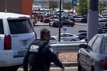 Střelba u obchodního centra Walmart v texaském El Pasu