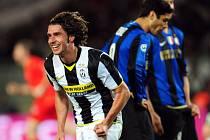 Nostalgie. Zdeněk Grygera se raduje ještě coby hráč Juventusu Turín. Snímek je z roku 2009.