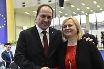 Nový předseda KDU-ČSL Marek Výborný a 1. místopředsedkyně Šárka Jelínková