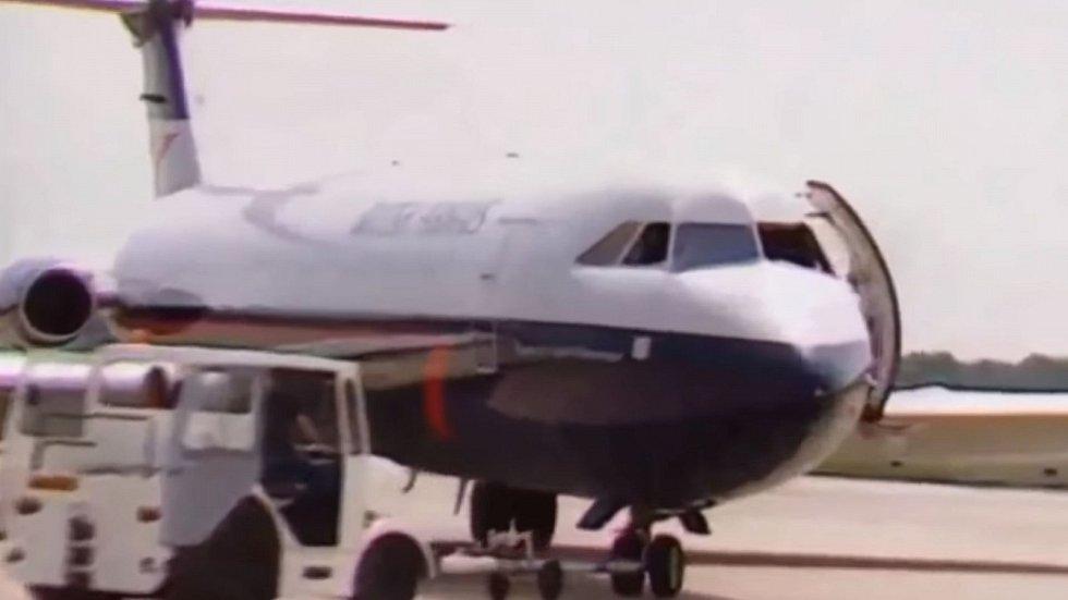 Autentické záběry letounu British Airways číslo 5390 po nouzovém přistání v Southamptonu