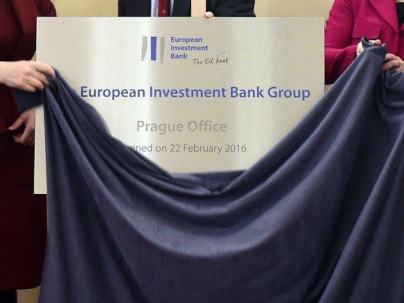 Evropská investiční banka (EIB) v Praze otevřela kancelář.