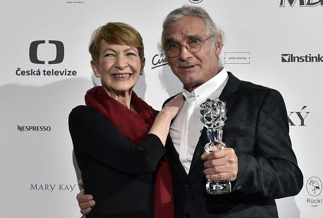 Český lev. Daniela Kolářová a Oldřich Kaiser.