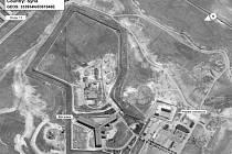 Věznice na leteckém snímku. Krematorium má být budova v pravé dolní části fotografie