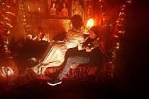 Z videoklipu Miss Maringotka kapely Wohnout