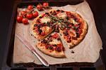 Pizza z jogurtového těsta