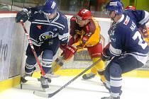 Hokejisté Kladna zdolali Jihlavu na jejím ledě