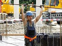 NKÚ říká: Mnohé stavby se nevyplatí. Ilustrační snímek.