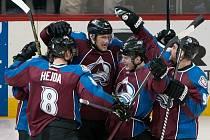 Příště se takhle může s hokejisty Colorada radovat i český brankář Roman Will.