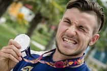 Kanoista Martin Fuksa se stříbrnou medailí z Evropských her.