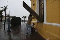 Hurikán Willa zasáhl Mexiko