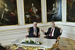 Miloš Zeman (vpravo) uvítal na Pražském hradě německého prezidenta Franka-Waltera Steinmeiera.
