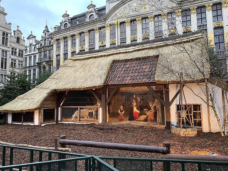 Jesličky představovaly o loňských Vánocích na bruselském náměstí jednu z hlavních dominant