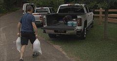 Obyvatelé se připravují na úder hurikánu Michael