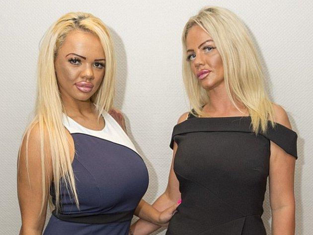 Dvacetiletá Kayla (vlevo) se svojí matkou Georginou (38).