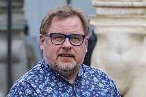 Představitel Jana Wericha Václav Kopta při čtené zkoušce 29. března 2021 v Praze na tiskové konferenci k představení Werich v rámci Letní scény Musea Kampa.