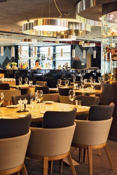Hotel Savoy s restaurací Savoya ve Špindlerově Mlýně.