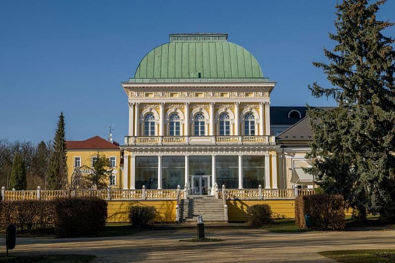 Františkovy Lázně. Malebné lázeňské městečko, založené v roce 1793, se nachází na západě Česka.