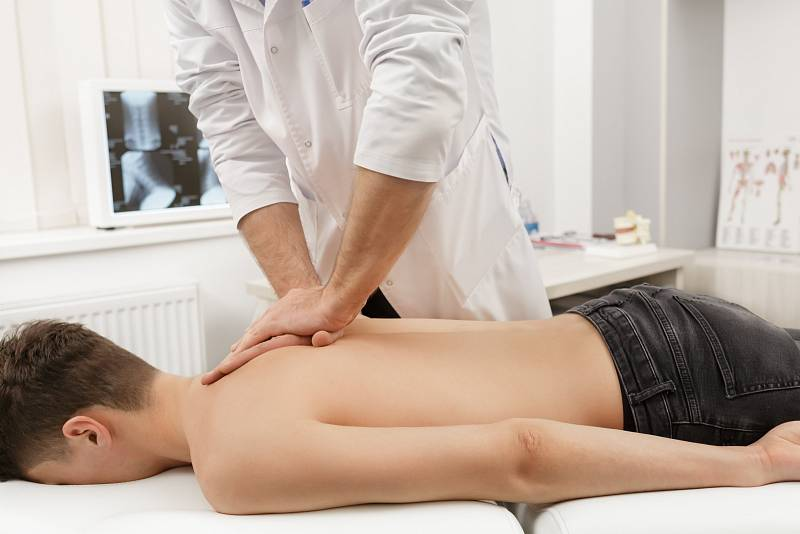 Zákroků je na výběr hodně, pomohou ruce zkušeného chirurga, ultrazvuk, ale i laser.