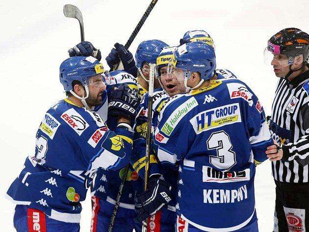 Hokejisté Komety Brno vyhráli extraligovou dohrávku ve Vítkovicích a posunuli se na čtvrté místo.