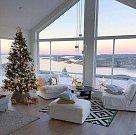 Bílé vánoční dekorace