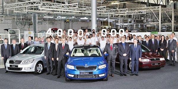 ŠKODA dnes vMladé Boleslavi vyrobila čtyřmiliontý vůz řady Octavia vnovodobé historii modelu. Jubilejním vozem je ŠKODA Octavia třetí generace vodstínu Race Blue.