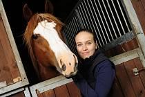 Česká televize uvede druhou řadu seriálu z prostředí koňáků, stájí a dostihů, objeví se v něm i noví herci.