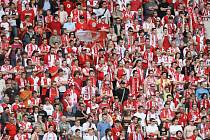 Fanoušci Slavie vyprodali nový stadion v Edenu.