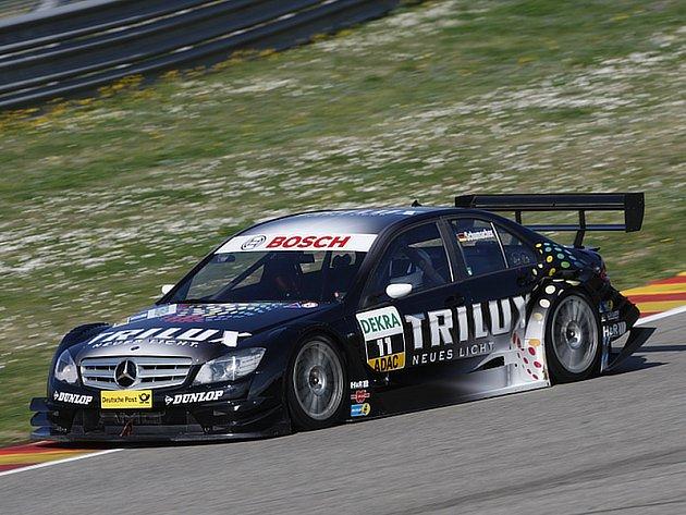 Novou vlekou hvězdou seriálu je Ralf Schumacher, kterého získal Mercedes.