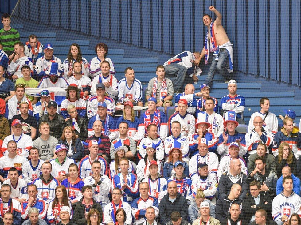 Fanoušci hokejistů Slovenska v zápase s Norskem.