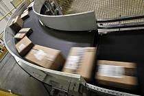 Pošta, balíky - ilustrační foto.