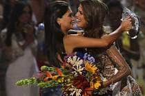 Miss Universe 2016 se stala Francouzska, Česká Miss Andrea Bezděková je ráda za jedinečnou zkušenost.