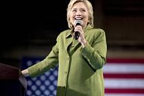 Hillary Clintonová se stala první prezidentskou kandidátkou velké strany v historii USA.