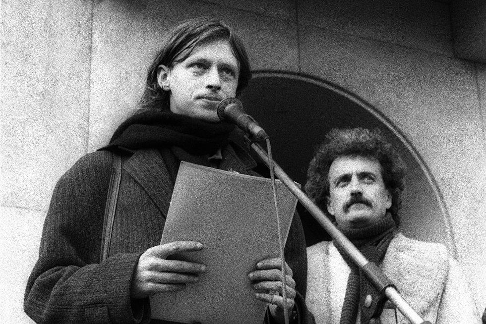 Listopad 1989: Ivo Mludek a Pavel Dostál