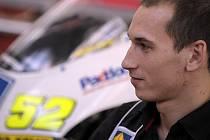 Lukáš Pešek má před sebou těžký rok. Musí potvrdit pozici české jedničky a zároveň se po zkušební sezoně prodrat mezi špičku třídy do 250 ccm.