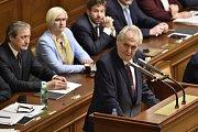 Prezident Miloš Zeman na schůzi Poslanecké sněmovny před hlasování o důvěře vlády.