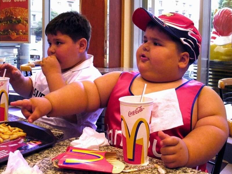 Vznik dětské obezity ovlivňuje prostředí, ve kterém se děti pohybují a vyrůstají