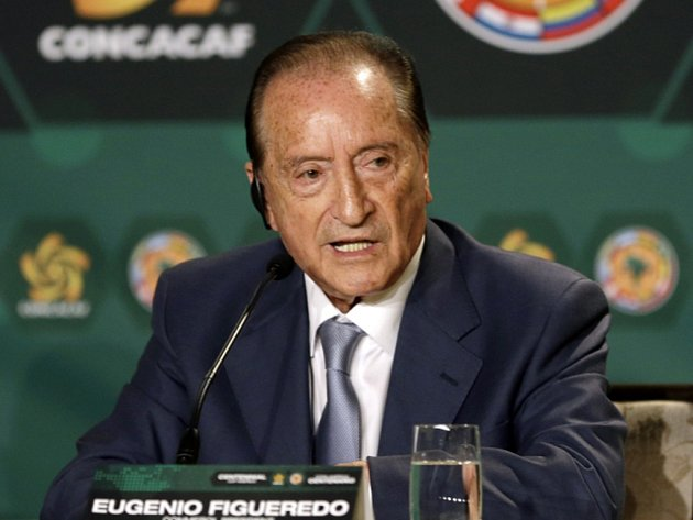 Bývalý viceprezident FIFA a šéf jihoamerické fotbalové konfederace CONMEBOL Eugenio Figueredo se přiznal k braní úplatků.