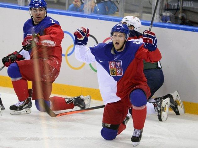 Aleš Hemský se raduje z gólu proti USA.