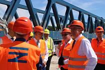 Návštěva vicepremiéra Karla Havlíčka na stavbě Dluhonické spojky