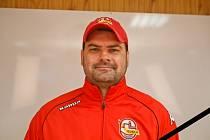 Ján Kobezda zastával v Trenčíně funkci trenéra i manažera.