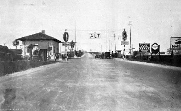 Jezerní dálnice (Autostrada dei laghi) vroce 1929.