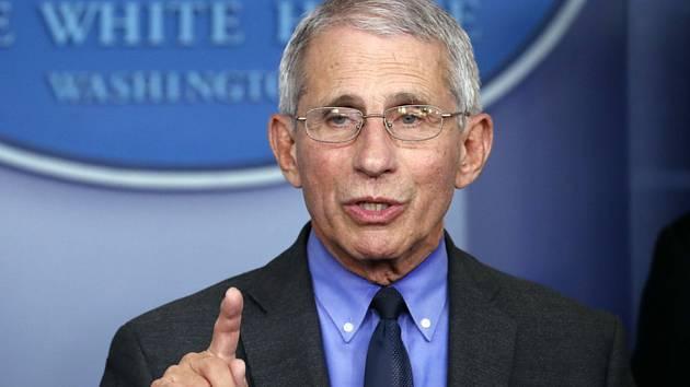 Hlavní americký epidemiolog Anthony Fauci