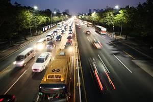 Rušná silnice - Ilustrační foto