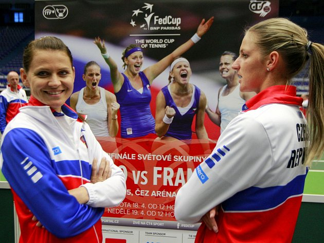 Lucie Šafářová (vlevo) a Karolína Plíšková