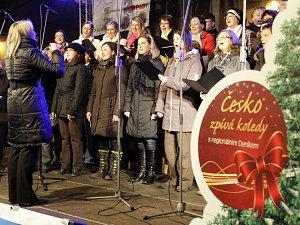 Česko zpívá koledy s Deníkem.
