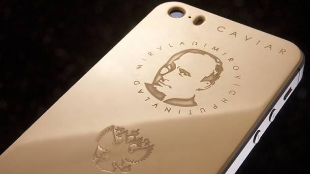 Luxusní zboží. S novým telefonem mohou být bohatí ruští patrioti svému prezidentovi stále nablízku.
