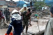 Po sobotních sesuvech půdy v Kolumbii zemřelo dosud přes 200 lidí