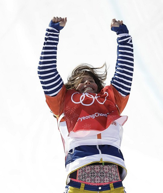 Eva Samková přidala ke zlatu ze Soči bronz z olympijských her v Pchjongčchangu.