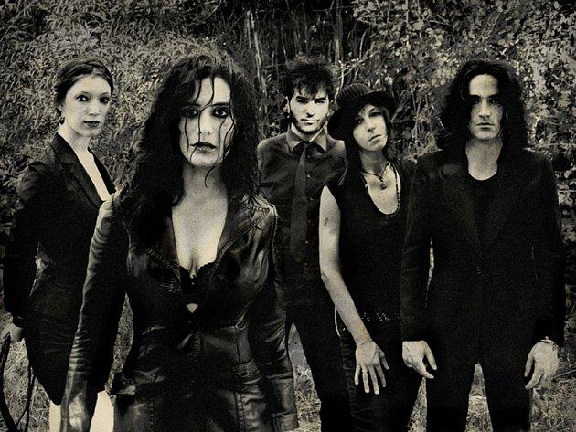 Na podzimní turné se do České republiky vrací italská rocková kapela Belladonna.